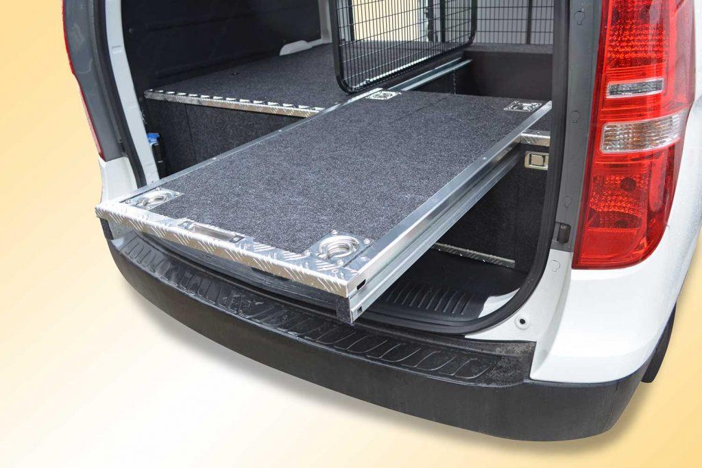 Hyundai-iLoad-inbuilt-16