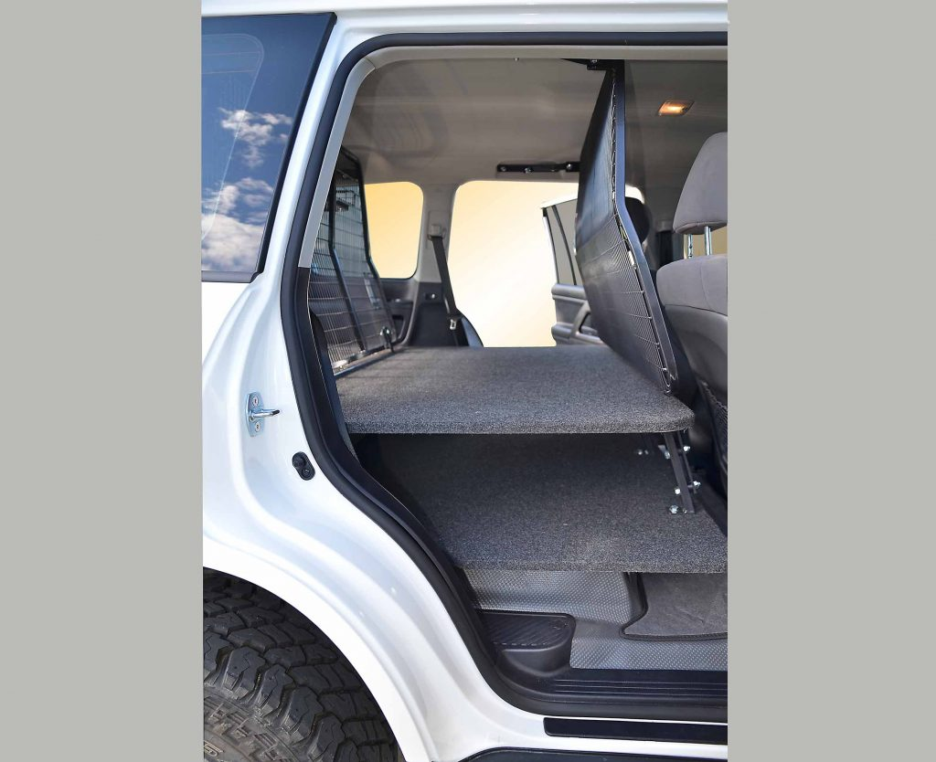 200 Series Landcruiser with Forward Twin Floor and Forward Cargo Barrier